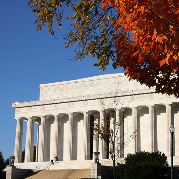 Monuments Lincoln Memorial at Washington, District of Columbia