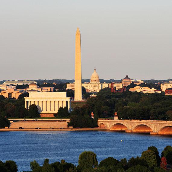 Tour The Washington Monument at Washington, District of Columbia