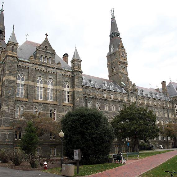 University Campus Visitors Package in Melrose Georgetown, Washington